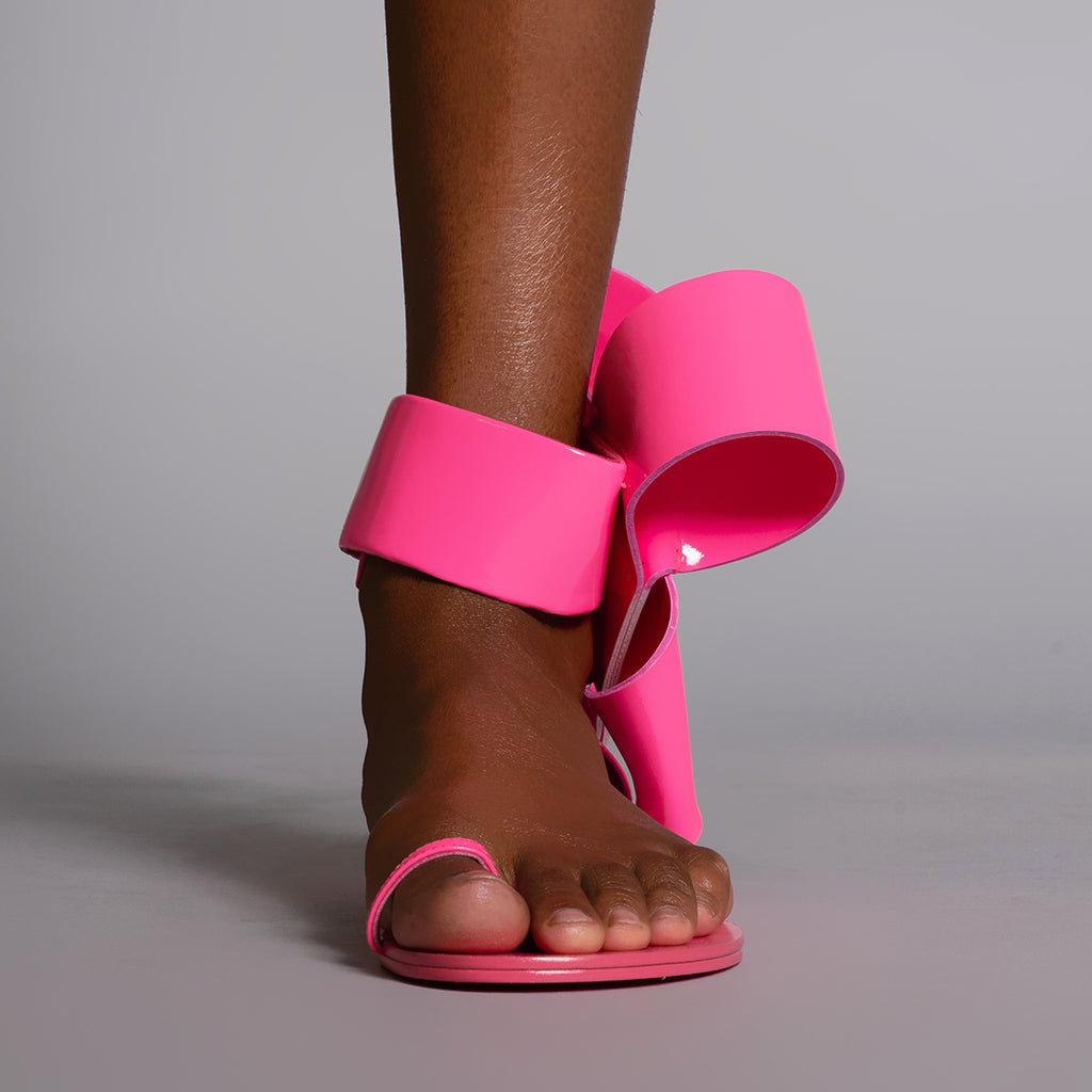 BOW SANDAL BARBIE PINK