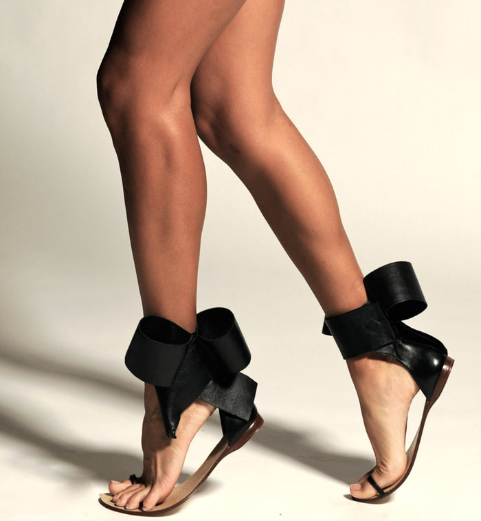 BOW SANDAL BLACK