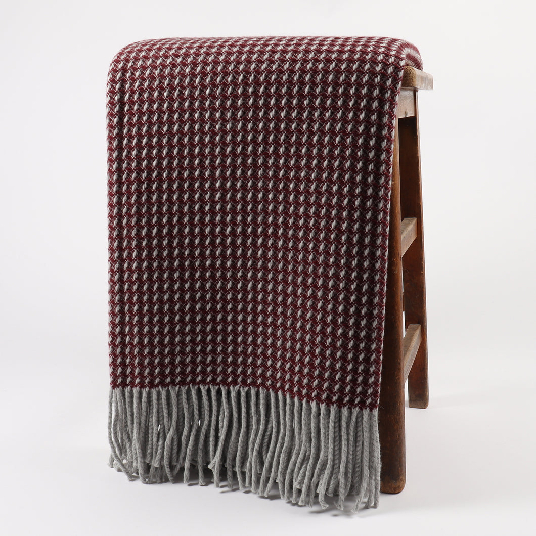 Shiel Wine Throw