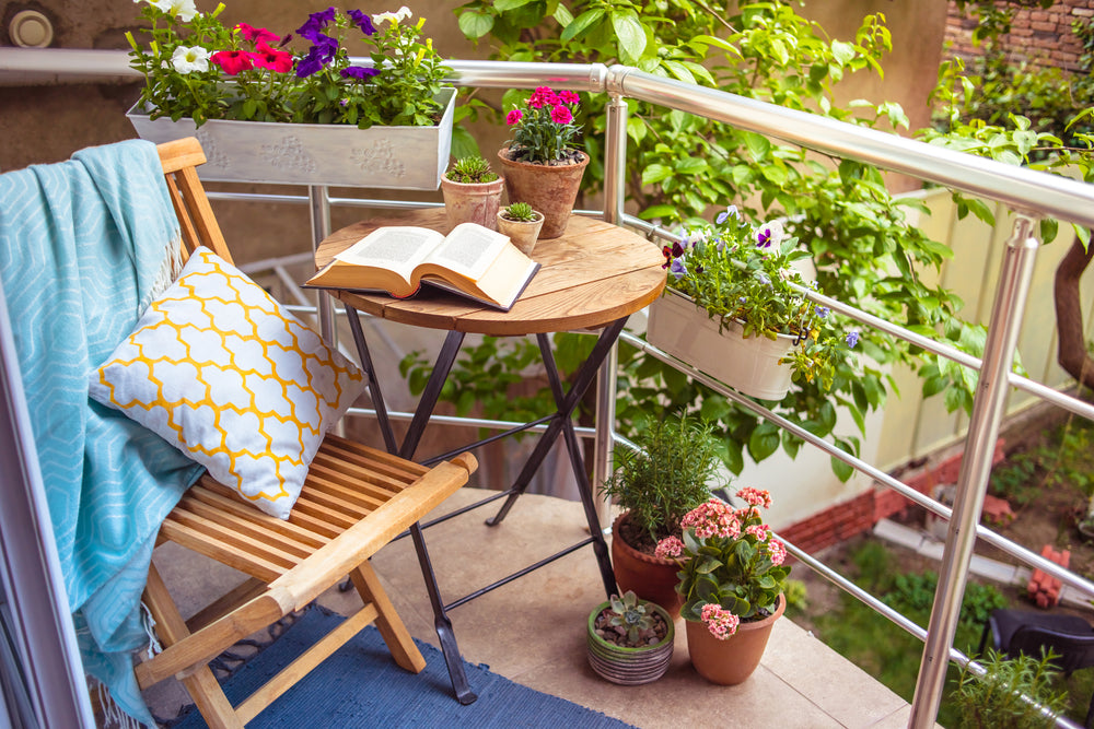 How to style your balcony for summer