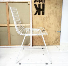 Metal wire chair - white