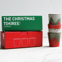 gift box with 3 ceramic mugs in Christmas colors