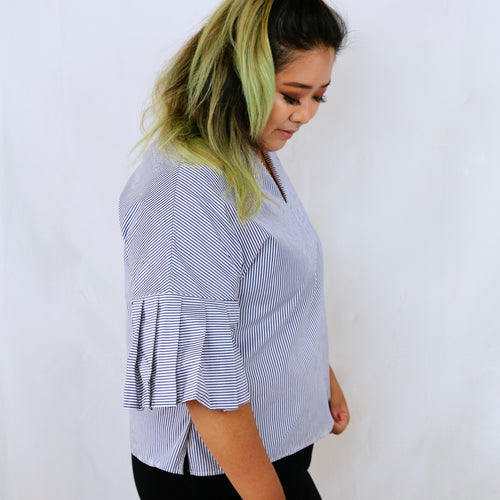 Pleat Shirt (Blue/White)