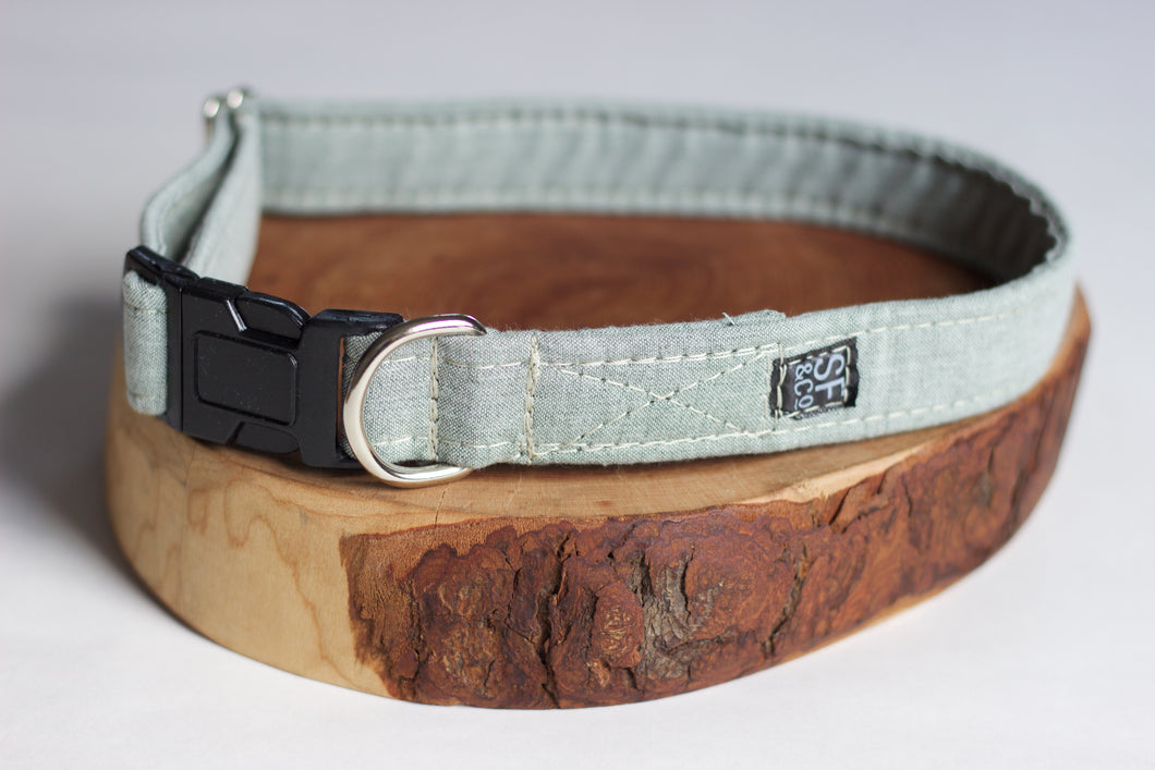 Green Linen Collar (only available in S)