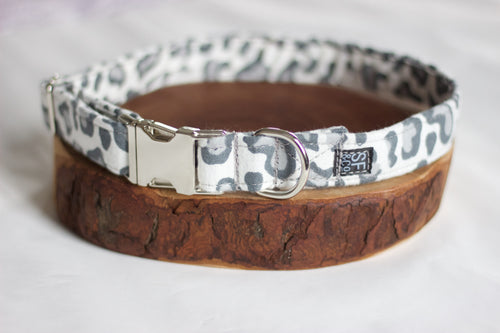 Snow Leopard Collar (only available in S)