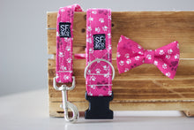 Pink Paws Leash