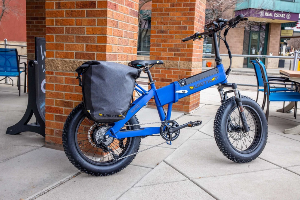Classic Blue Voyager with a Saddle Bag