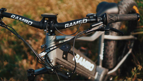 R1000XP handle bar close up