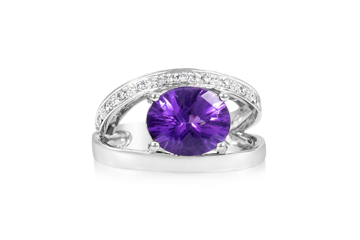 Split-Shank Amethyst Fashion Ring