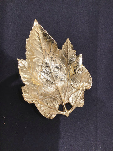Gold small leaf