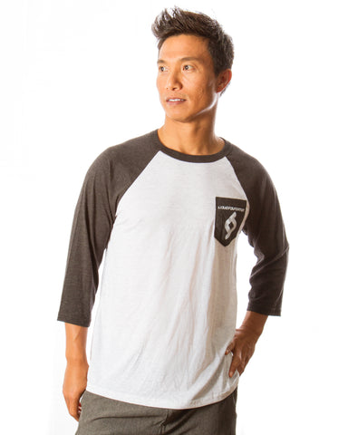 POCKET RAGLAN TRIBLEND