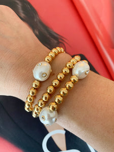 Polka dot pearls and Gold beaded Set