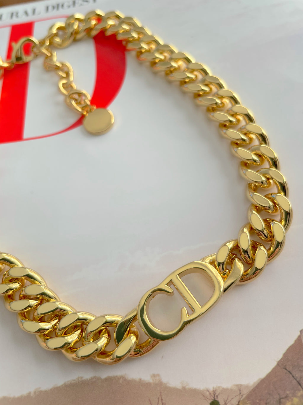 CD Golden Choker