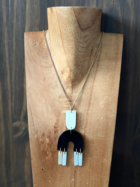 Zwervend Necklace Collection