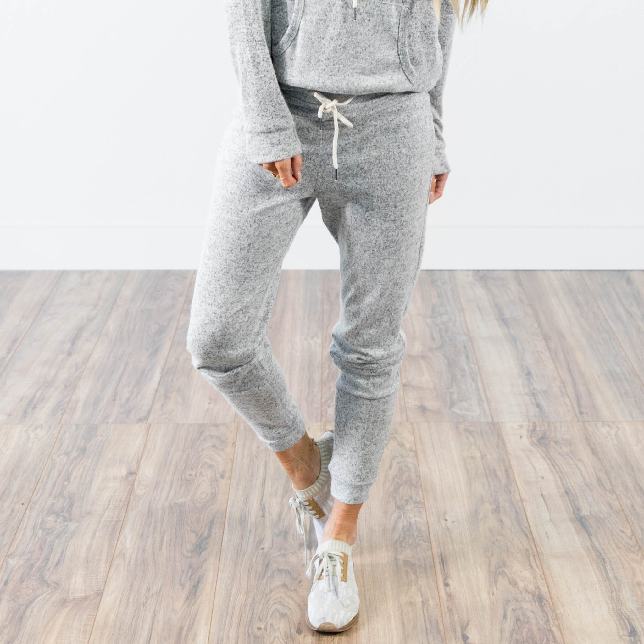 Jogger Set in Heather Grey Pant