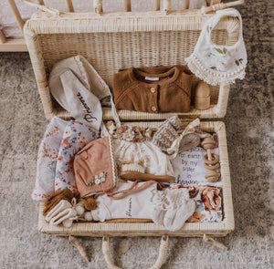 rattan suitcase *may delivery