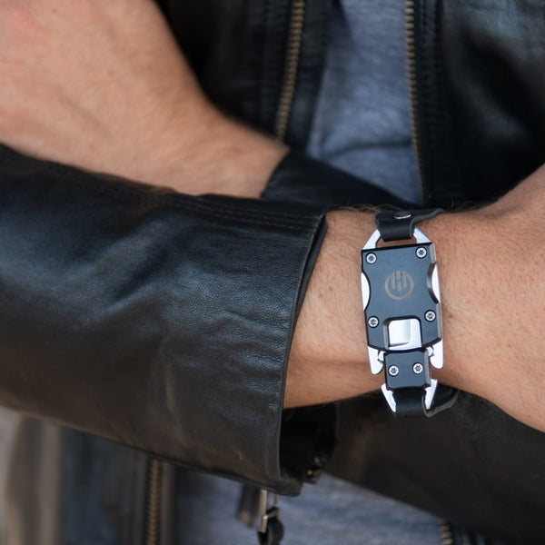 Black Sawyer Utility Bracelet