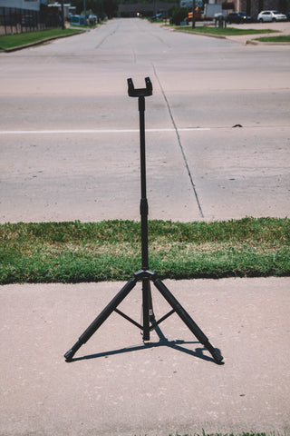 GS8100 Locking Guitar Stand