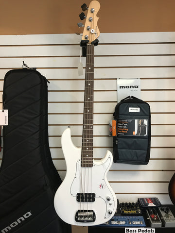 G&L Tribute Bass Kiloton (with On-Stage Hard Shell Case)