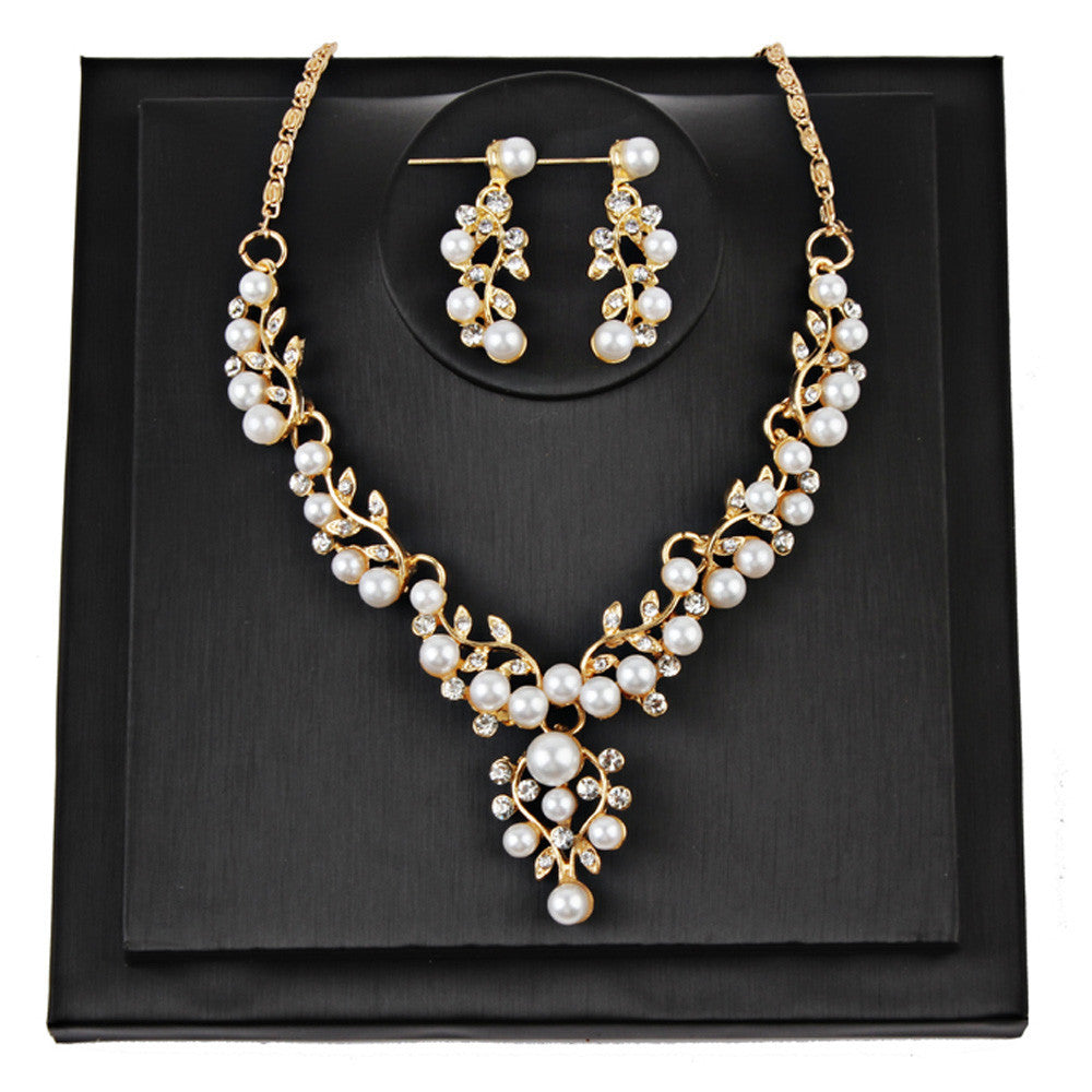 Pearl Rhinestone Necklace + Earrings - Goodies Online Store