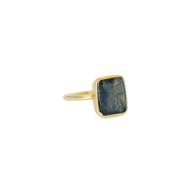 CECILIA LARGE LABRADORITE GOLD RING