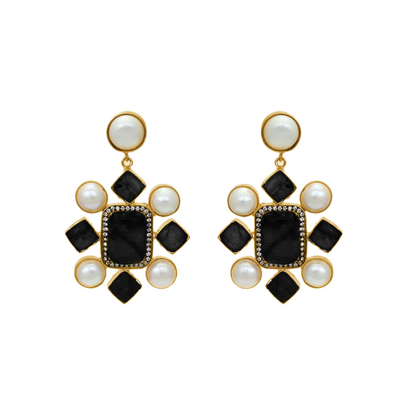 KATA FRESHWATER PEARL ONYX GOLD EARRINGS