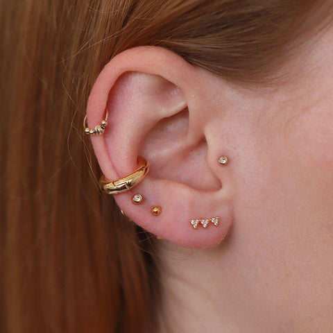 PLAIN SMALL CONCH EARRING
