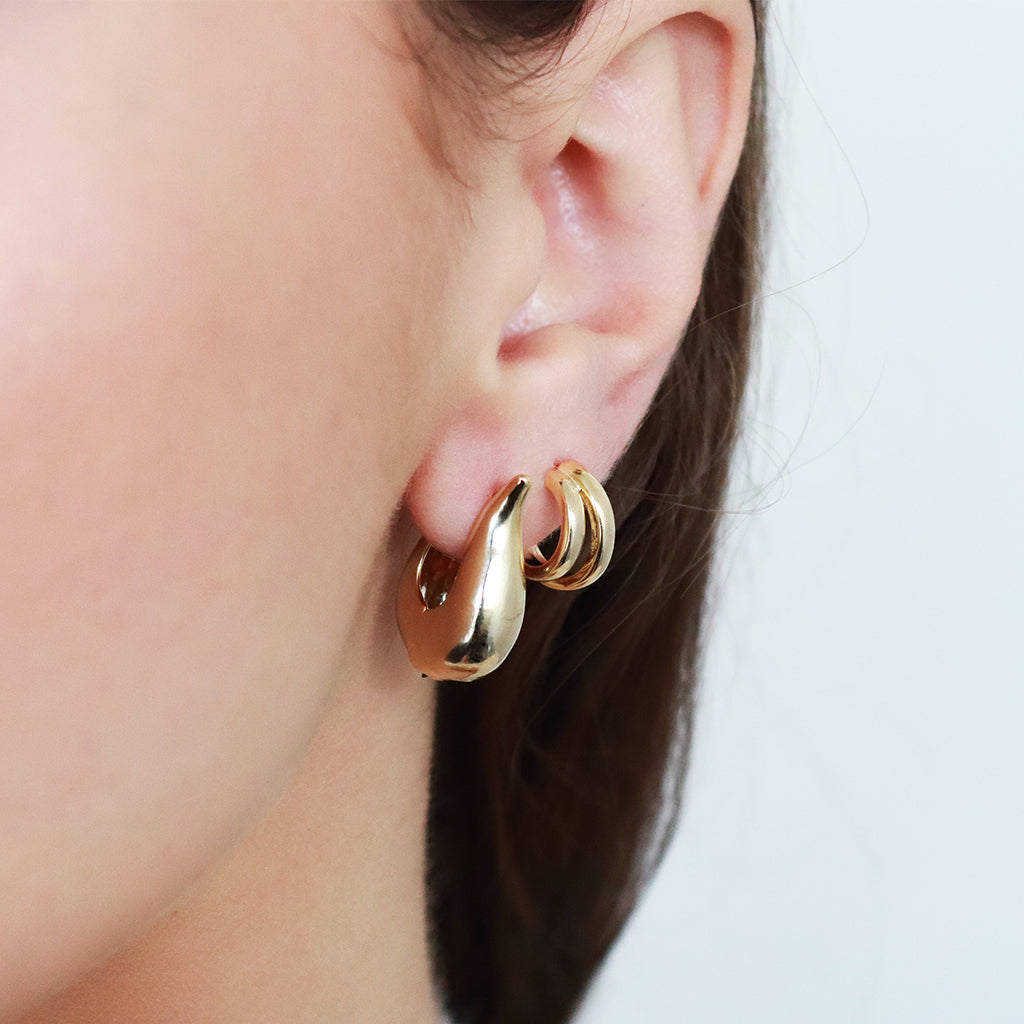 ALERIC GOLD HOOPS EARRINGS