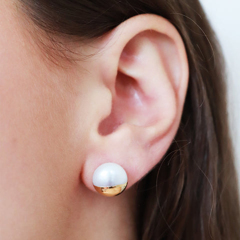 VALRY GOLD PLATED PEARL STUDS