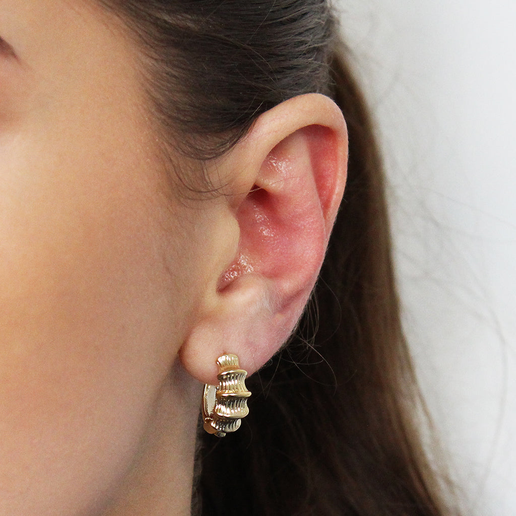EVERLEE GOLD PLATED DETAILED HOOPS EARRINGS
