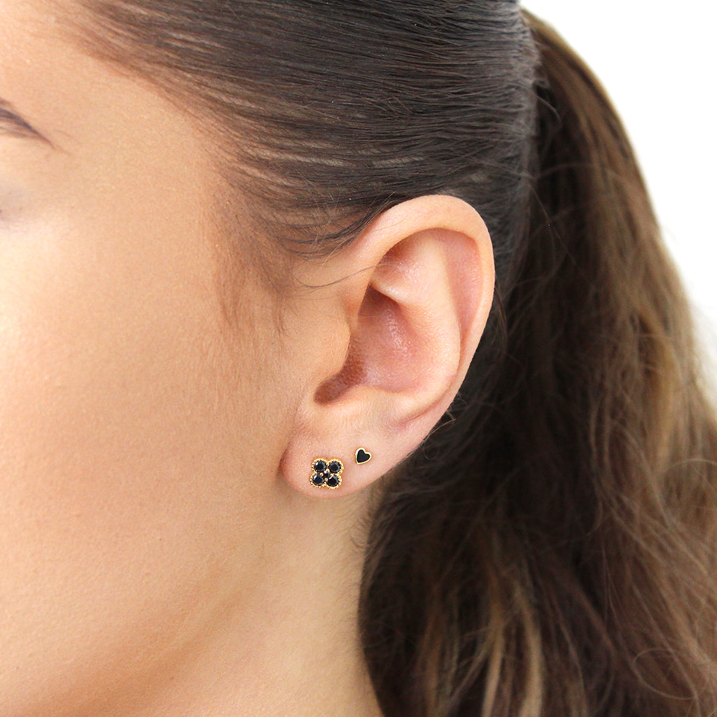 CLOVER GOLD BLACK CRYSTAL STUD EARRINGS