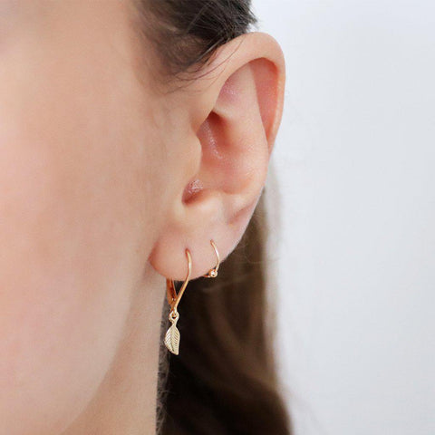 LYLA PLAIN GOLD BEAD HELIX SLEEPER EARRING