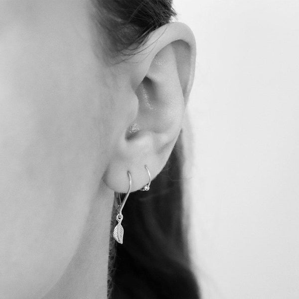 LYLA PLAIN STERLING SILVER BEAD HELIX SLEEPER EARRING