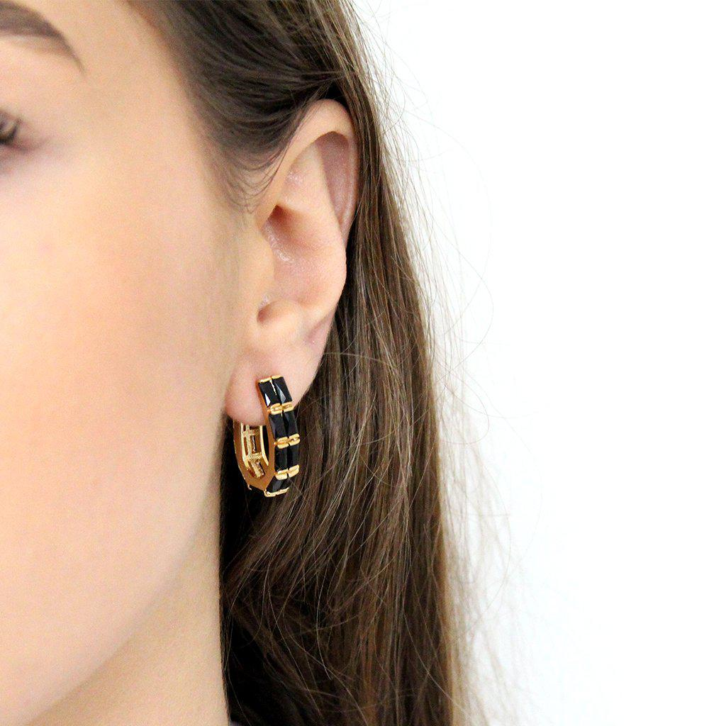 OBA BLACK CRYSTAL EARRINGS