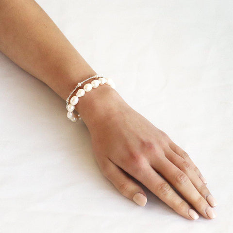 FRESH WATER PEARL SILVER BALL STRETCH BRACELET