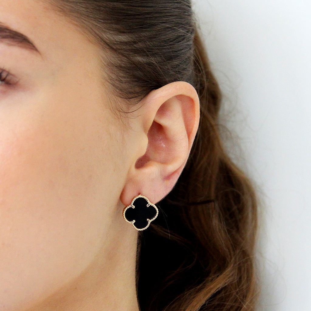 CLOVER LARGE BLACK GOLD STUDS