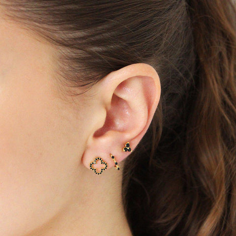 BESS GOLD BASE CRYSTAL BLACK STUDS