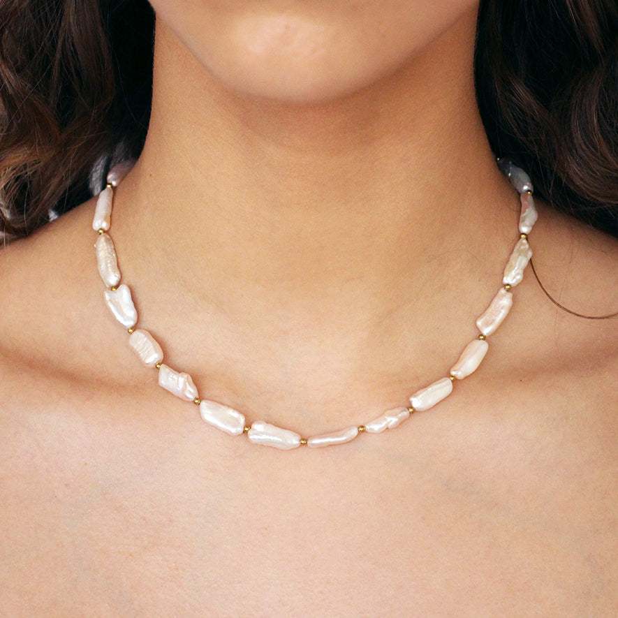 NEO FRESHWATER PEARLS NECKLACE