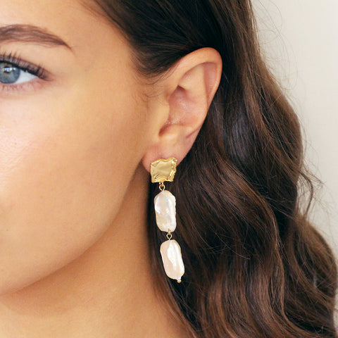 GADAR SHELL DROP EARRINGS