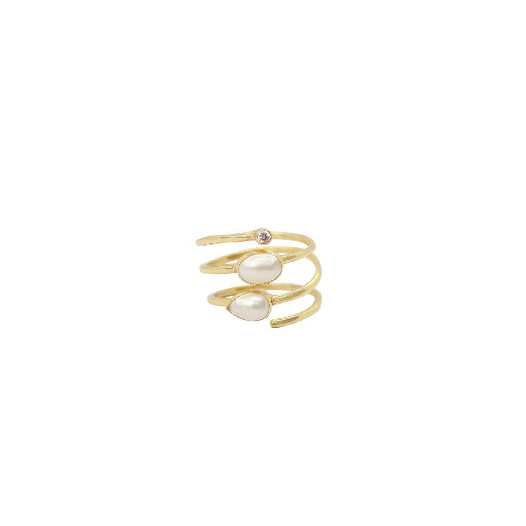 JANAY 2 MICRON GOLD PLATED PEARL AND CRYSTAL RING