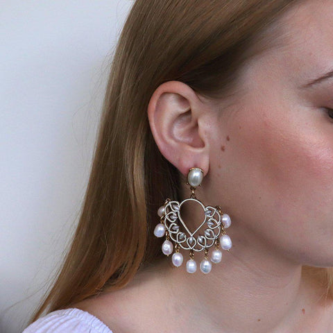 MOTA FRESHWATER PEARL EARRINGS