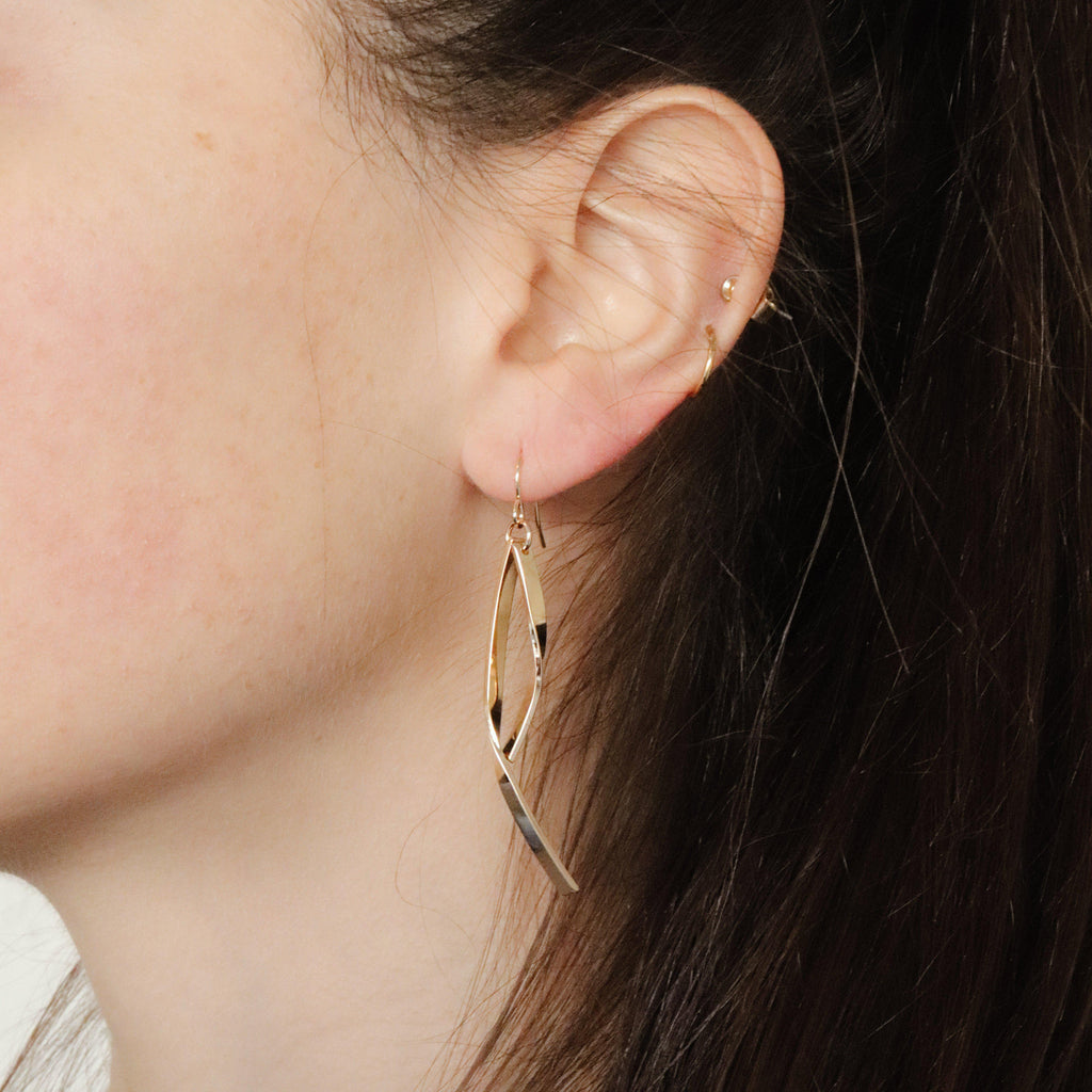 ROTEM 2MICRON GOLD PLATED EARRINGS