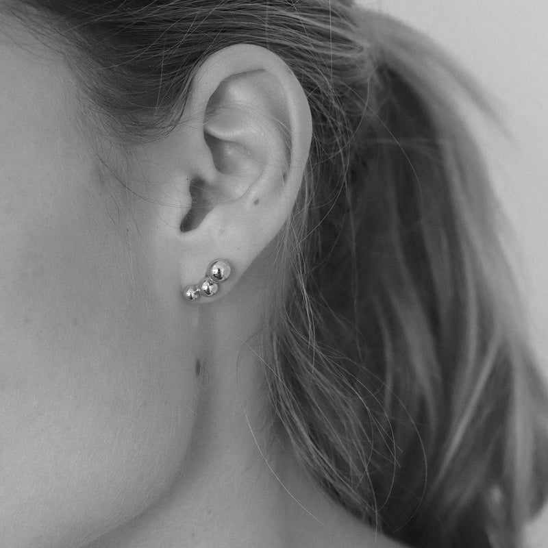 ABYR SILVER THREE BALL STUDS