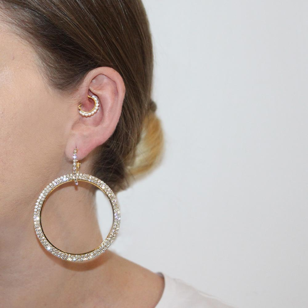 AKELA GOLD CRYSTAL ROUND EARRINGS