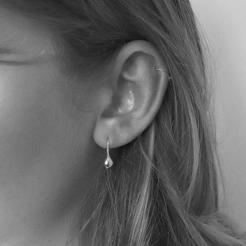 BEL TEARDROP SILVER HOOK EARRINGS