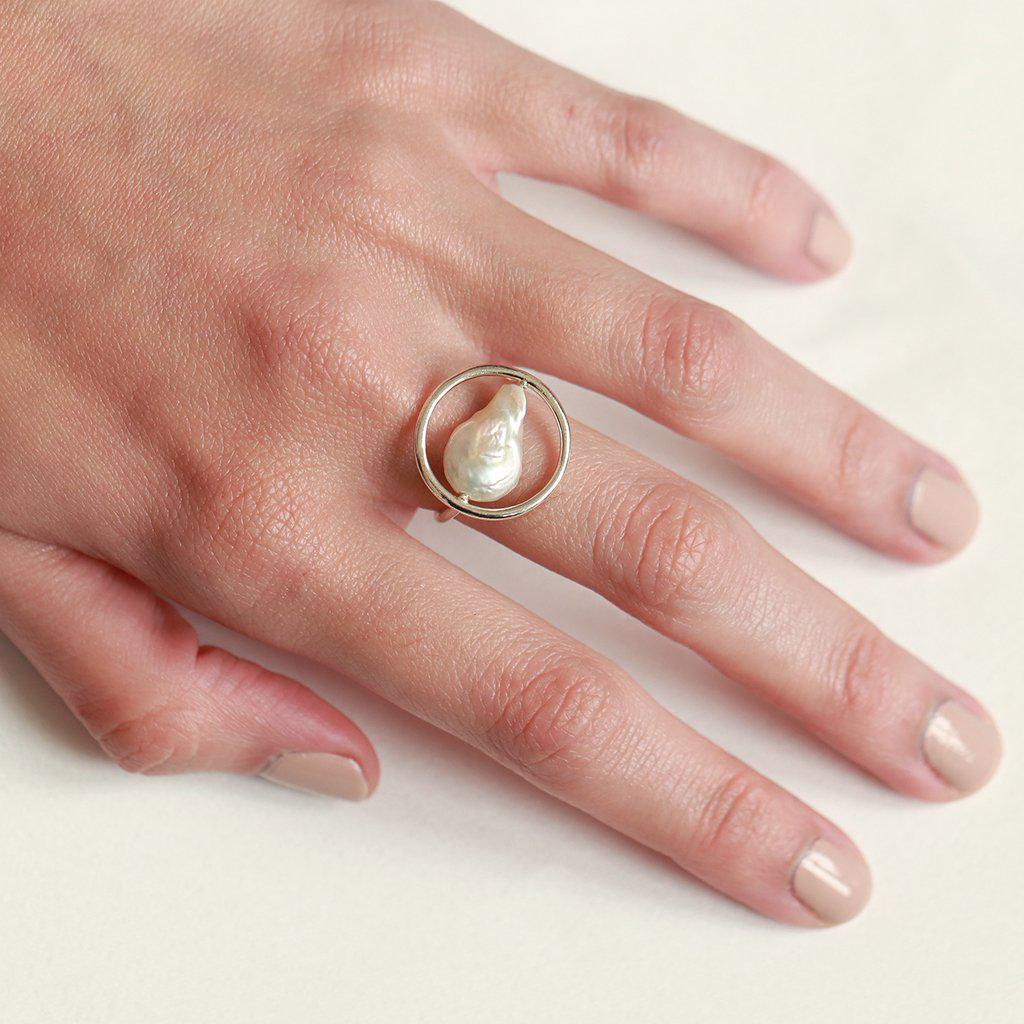 BETTY STERLING SILVER PEARL RING