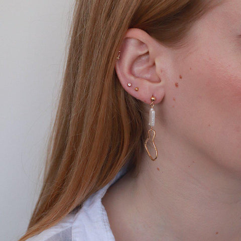 DARLA PEARL DROP EARRINGS