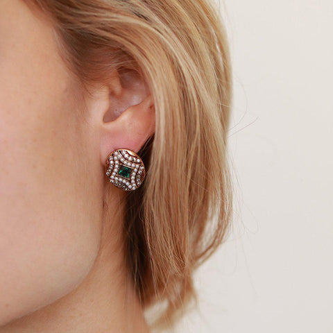ERELA GREEN CRYSTALS AND PEARL STUDS