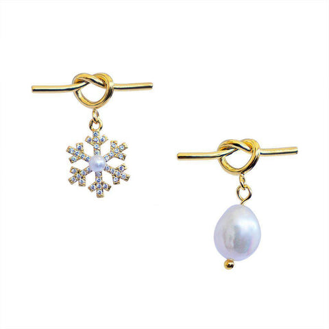 MAARIT GOLD PEARL STUDS EARRINGS