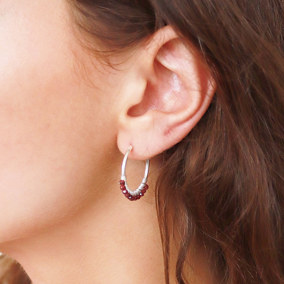 PANSEY STERLING SILVER GARNET HOOPS EARRINGS